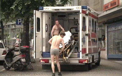 Die (fast) nackte Wahrheit uber Schweizer Uniformen