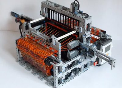 LEGO Loom Machine
