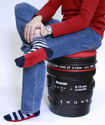 Reflex lens stool