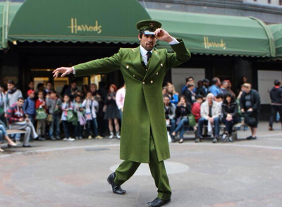 The Harrods Summer Sale 2013 | The Green Man Flash Dance