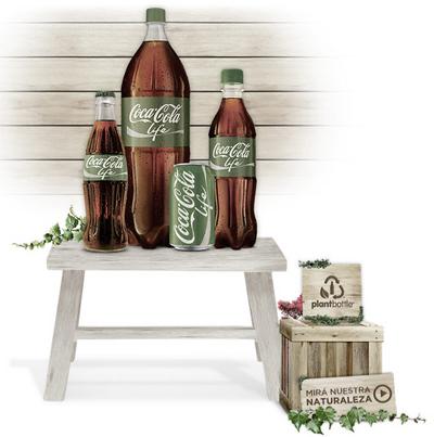 Coca-Cola Life Primer Beso