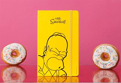 テレビ放映25周年を記念して、シンプソンズデザインのモレスキンが2014年に発売!