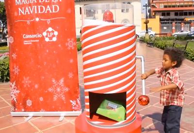 Santa Claus UNDERCOVER
