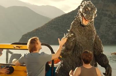 SNICKERS - Godzilla