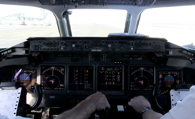 Helsinki Airport through the eyes of a pilot