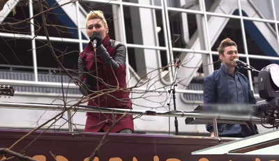 McDonald's: McCafé & KARMIN Surprise New Yorkers