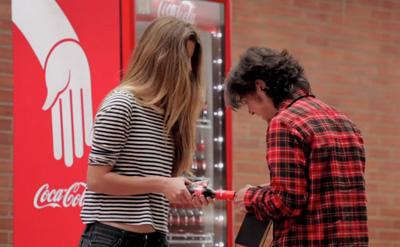 Coca-Cola Friendly Twist