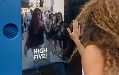 KLM Live High Five