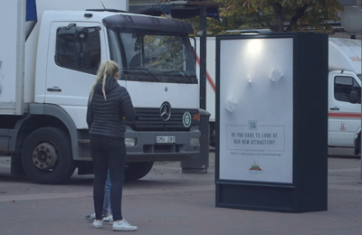 The Haunted Poster – Gröna Lund Scare prank