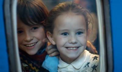 KLM Wishing you a Magical Christmas