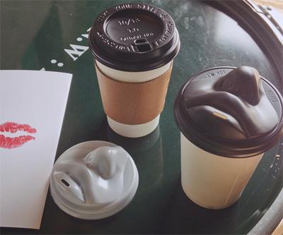 Coffee Lid Take Kiss Out