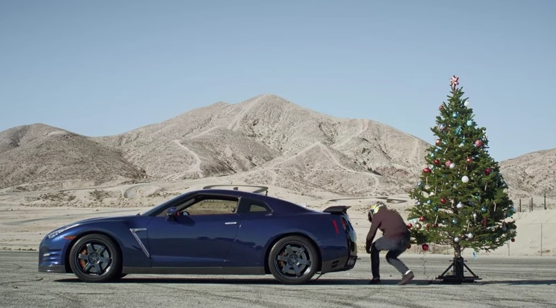 Undecorating the Tree with a Nissan GT-R