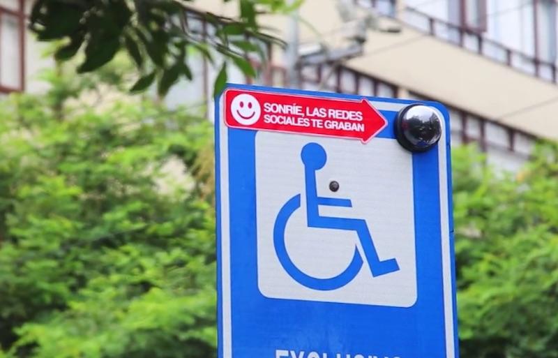 Fake Camera for Fake Handicapped