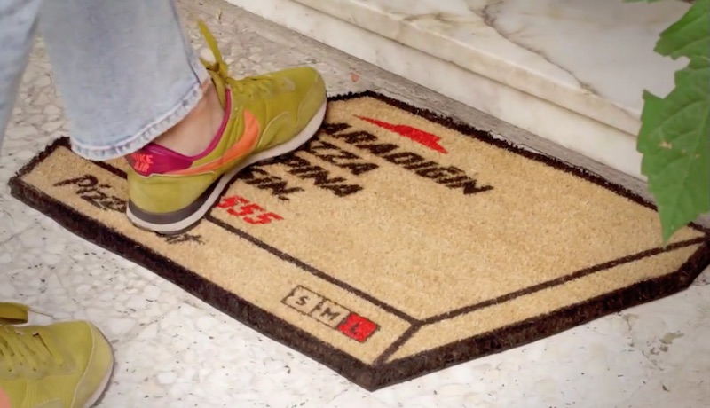 Pizza Hut / The Floor Mat Flyer