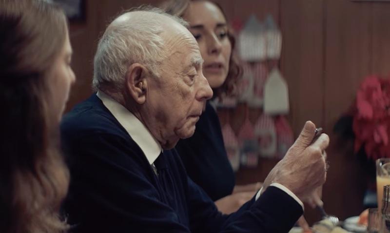 Vodafone Portugal Christmas advert 2016 - Grandfather