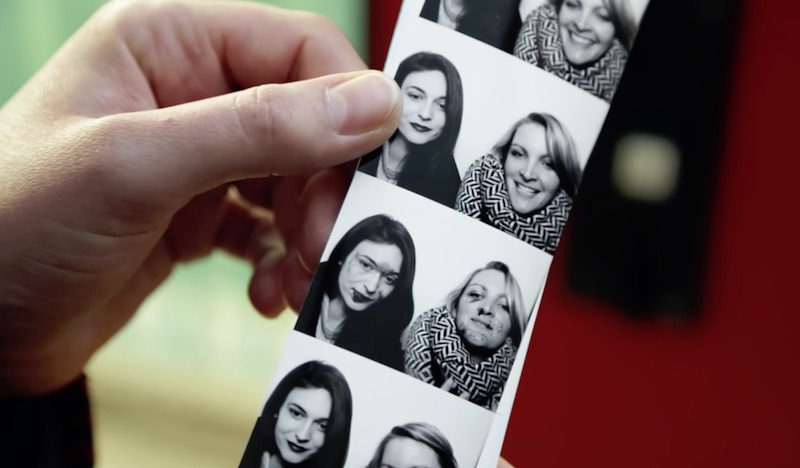 Bruise Automat - The photo booth against domestic violence