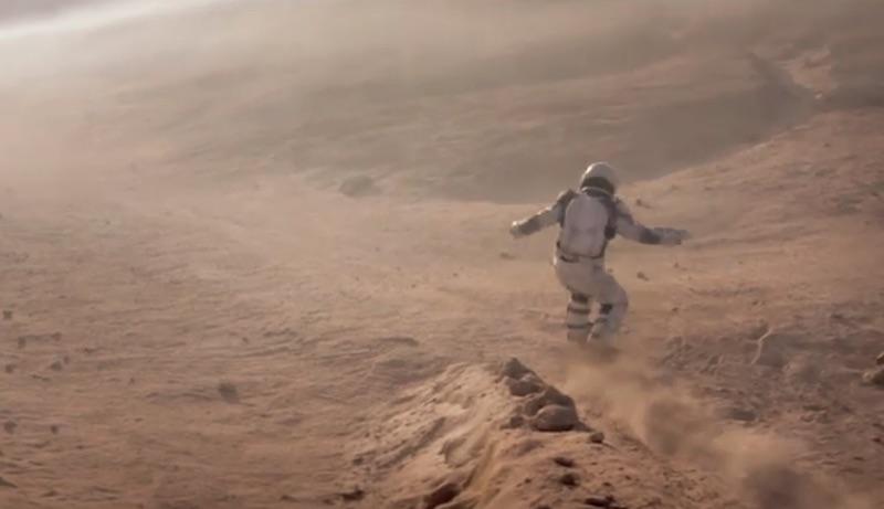 NISSAN QASHQAI - Moon Landing