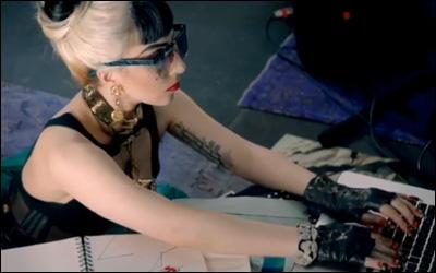 Google Chrome:Lady Gaga (レディー・ガガ)
