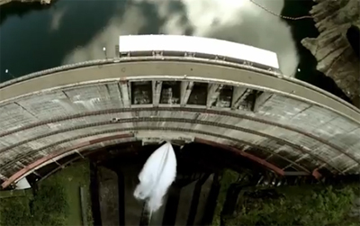 Action Cam by Sony: Dam Splash Shot with RC Helicopters