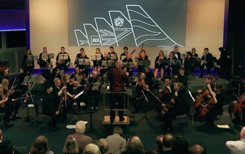 British Airways - Engineer re-imagines musical theme from Lakmé